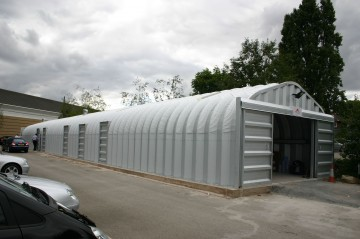 Miracle Span valeting building for Mercedes Benz
