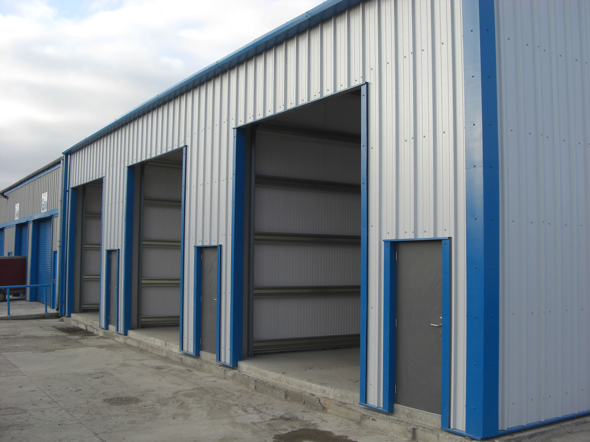 Prefabricated buildings prefab workshops Prefab workshops garages